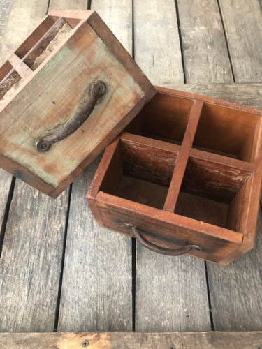 Wooden drawer box with divider