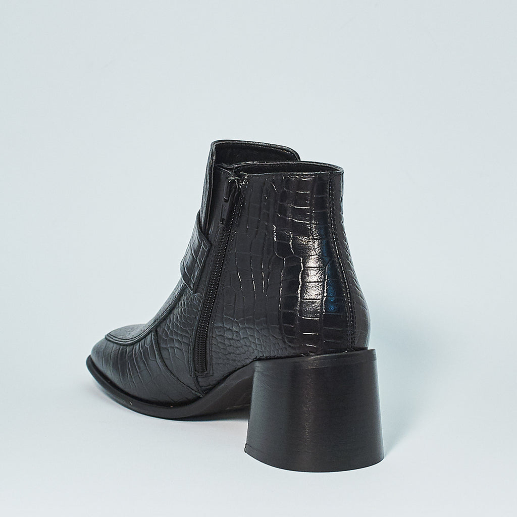 ALINA LOAFER BOOT