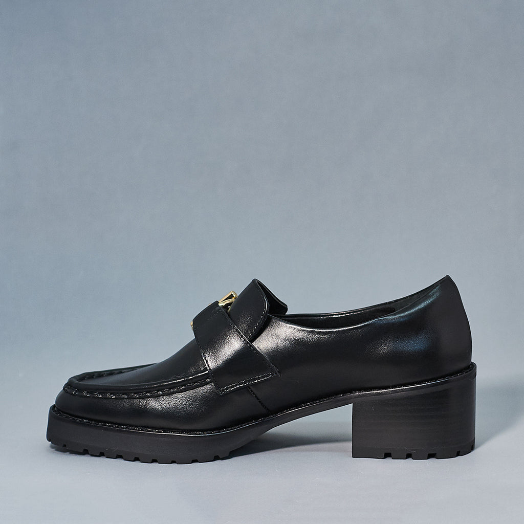 Reyna loafer by E8 in black - Shoe Market NYC