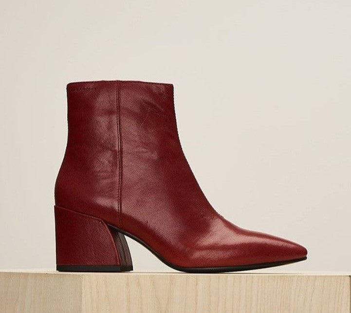Vagabond Olivia Bootie  Red leather