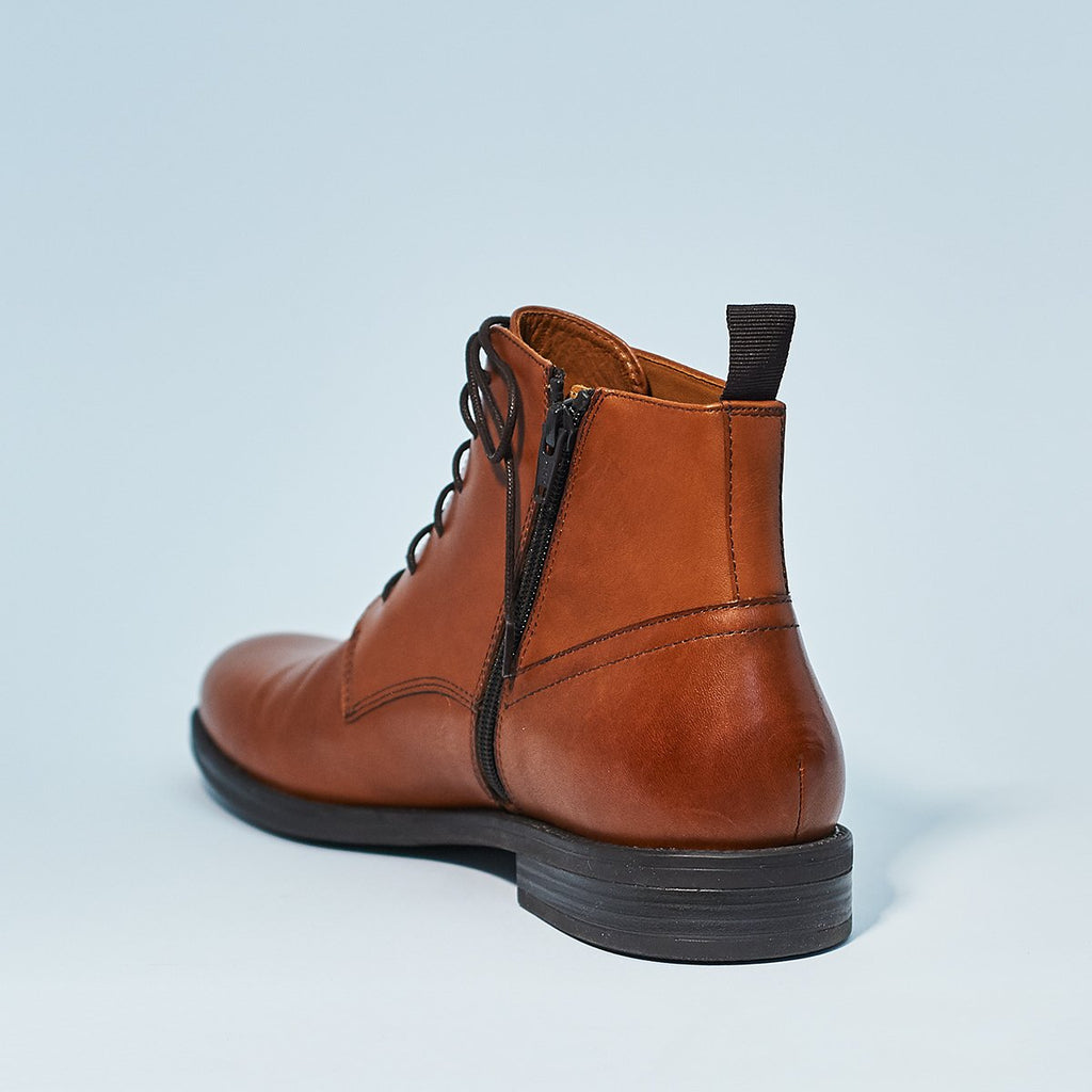 SALVATORE LACE UP BOOT