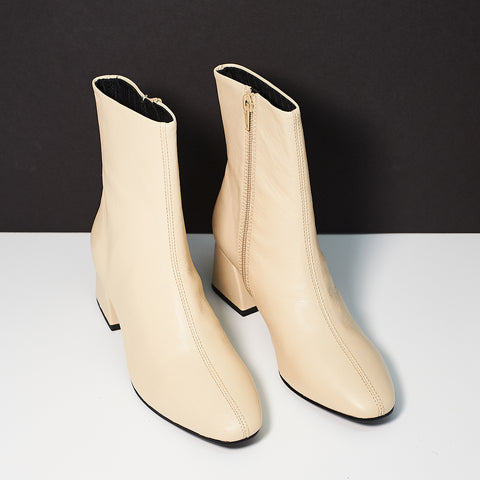 Vagabond Alice Boot Ivory - Shoe Market NYC