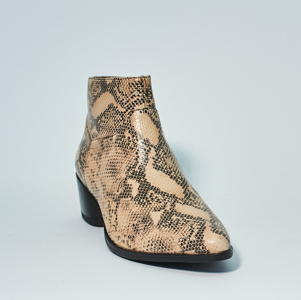 LARA ANKLE BOOT