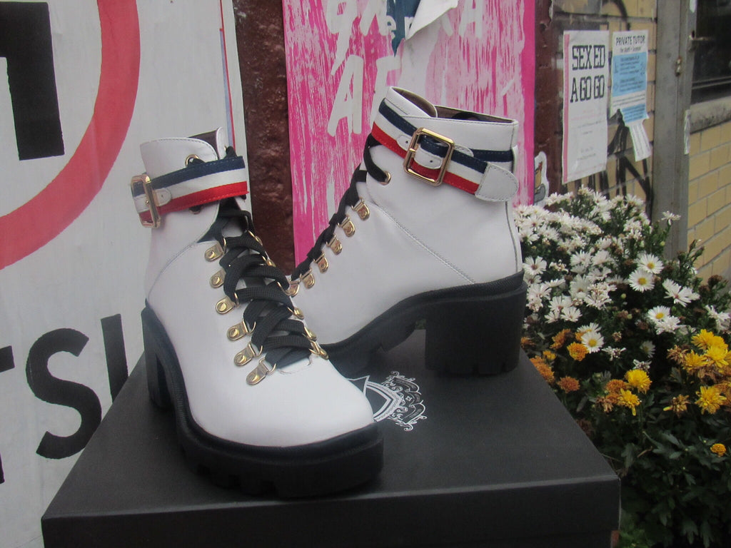 Nilva Boot by Silent D in white