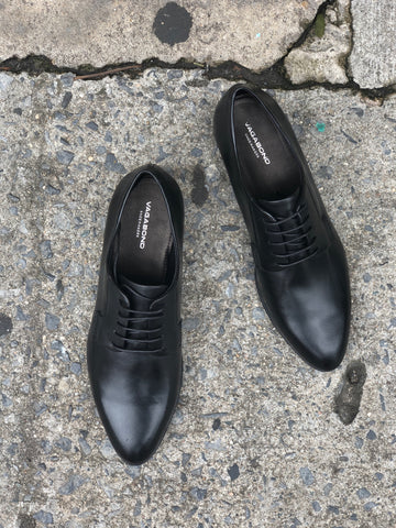 Vagabond Frances Oxford