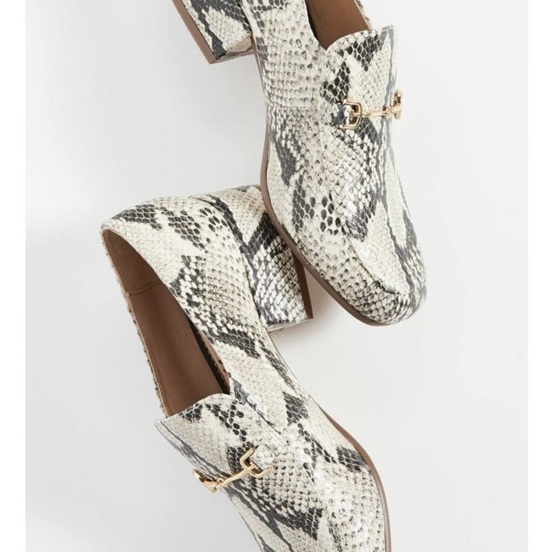JAMILLE HEELED LOAFER - BEACH