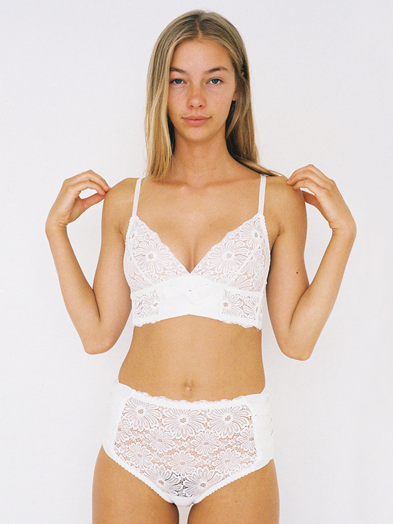 Patsy high-waist ivory white underwear by Lonely | Finding Rosie lingerie shop