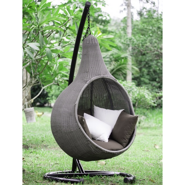 Hanging Cocoon Wicker Chair