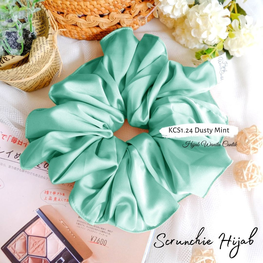 Scrunchie Hijab Satin Ikat Rambut Anti Pusing KCS1.24 Dusty Mint