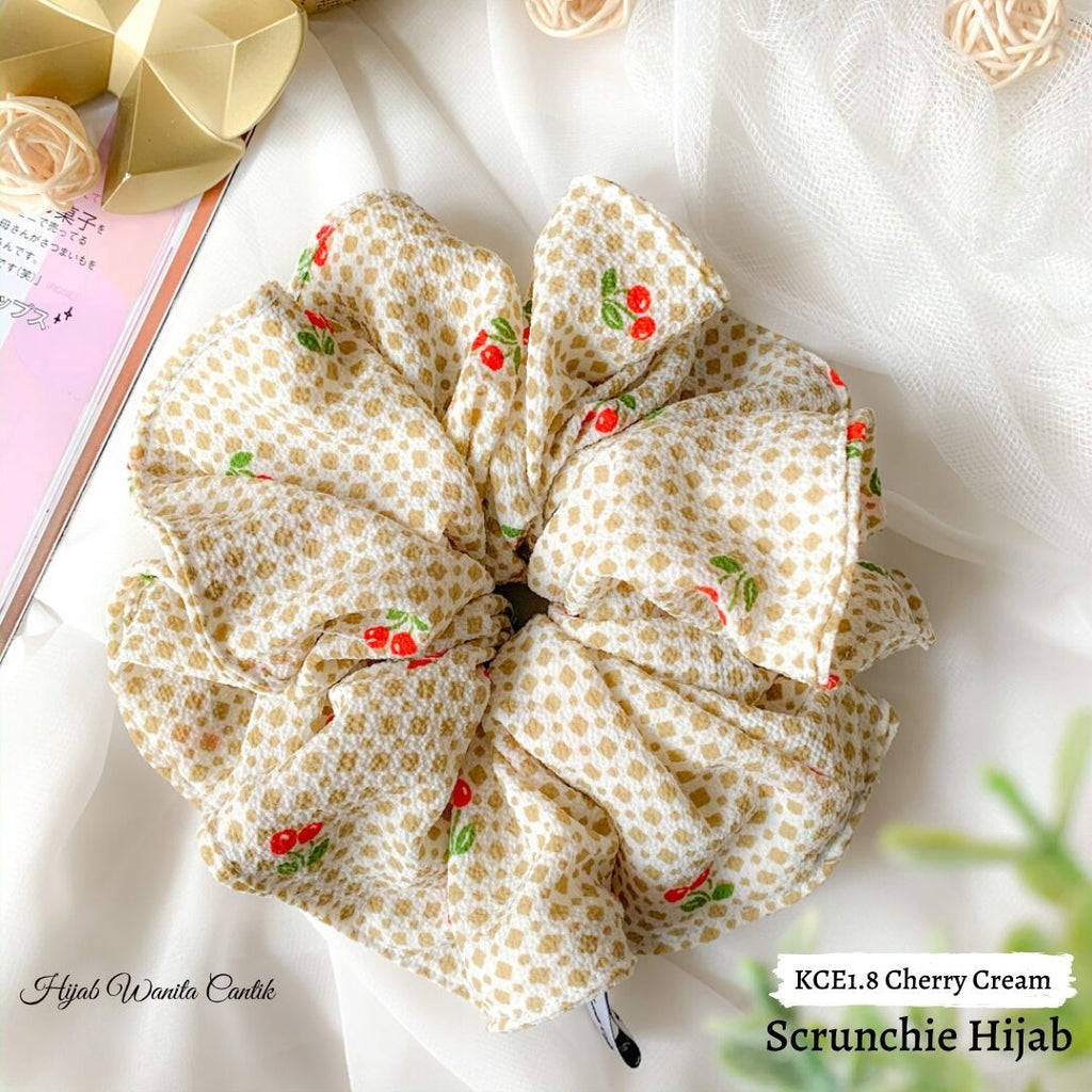 Scrunchie Hijab Bubble Ikat Rambut Anti Pusing KCE1.8 Cherry Cream