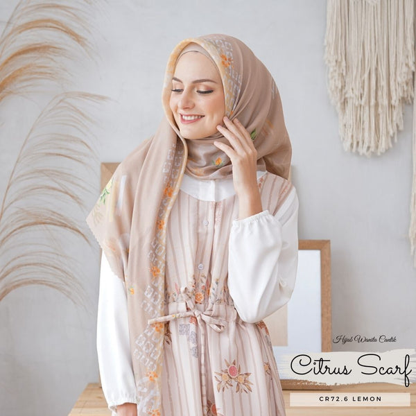 Segiempat Citrus Scarf - CR72.6 Lemon