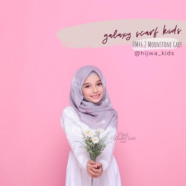 Segiempat Galaxy Scarf Kids - HM46.2 Moonstone Grey