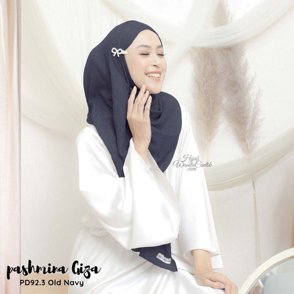 Pashmina Giza - PD92.3 Old Navy