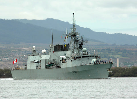 "Canadian Navy Frigate HMCS Ottawa Pearl Harbor June 27, 2008 - 5 x 7"" Photo Card"