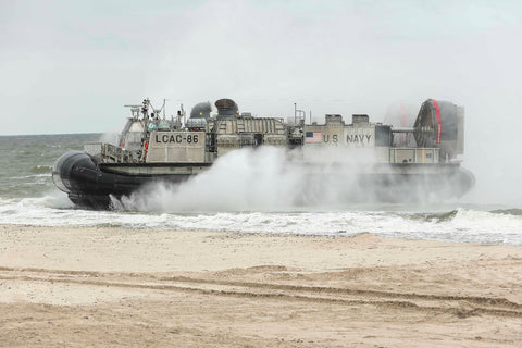 "A landing craft, air cushion lands on the beach in Ustka, Poland (June 14, 2017) - 4"" x 6"" Lustre Photograph"