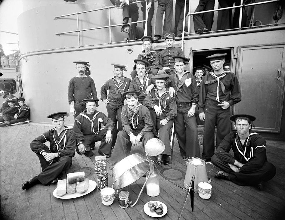 "U.S.S. Oregon, berth deck cooks (Between 1896 and 1901) - Detroit Publishing 4"" x 6"" Photo Card"