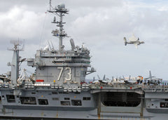 "An E-2C Hawkeye fly by Maneuver Over USS George Washington CV-73 April 20, 2008 - 4 x 6"" Photo Card"