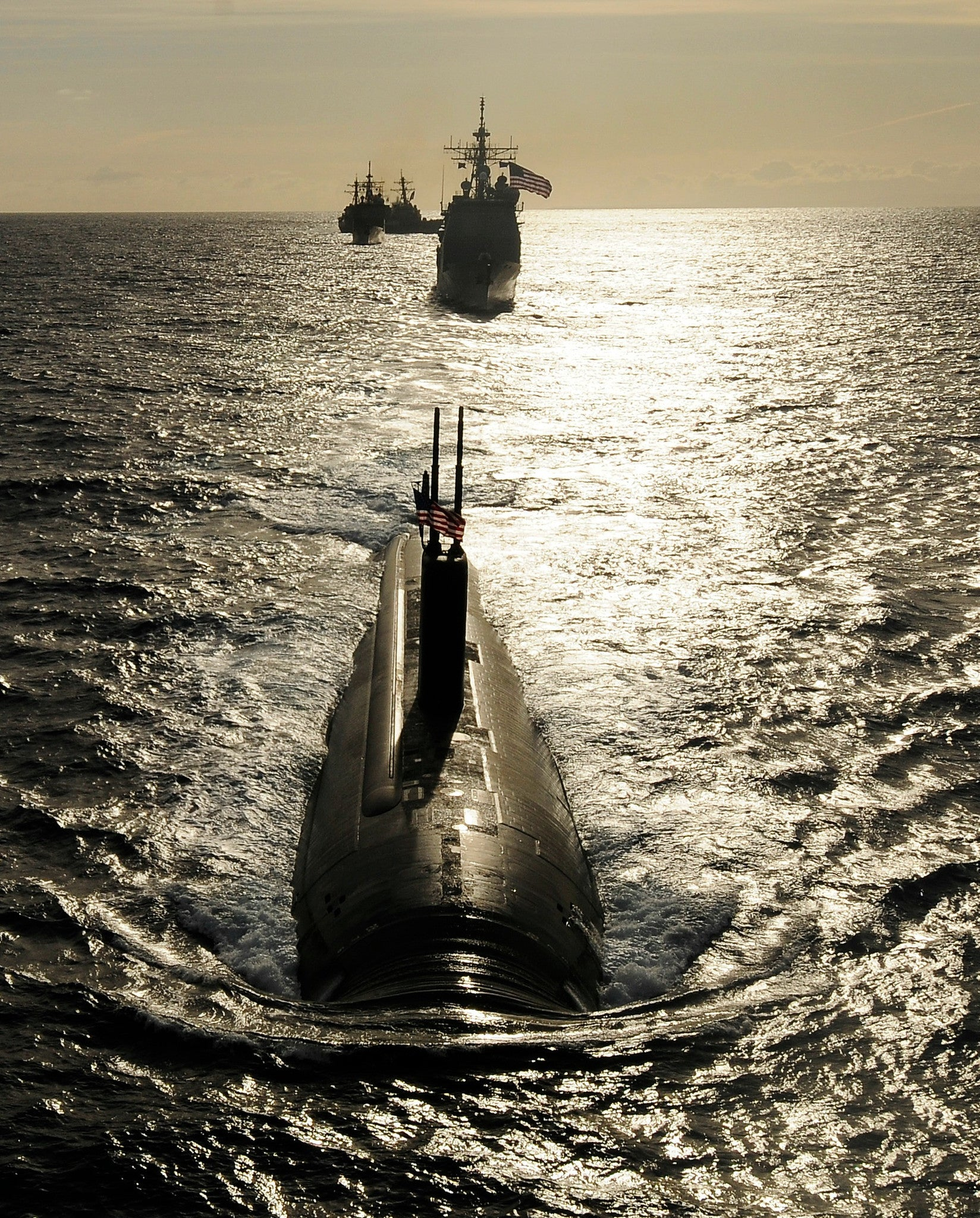 "Submarine USS Tucson SSN-770 Pacific Ocean April 5, 2011 - 8 x 10"" Photograph"