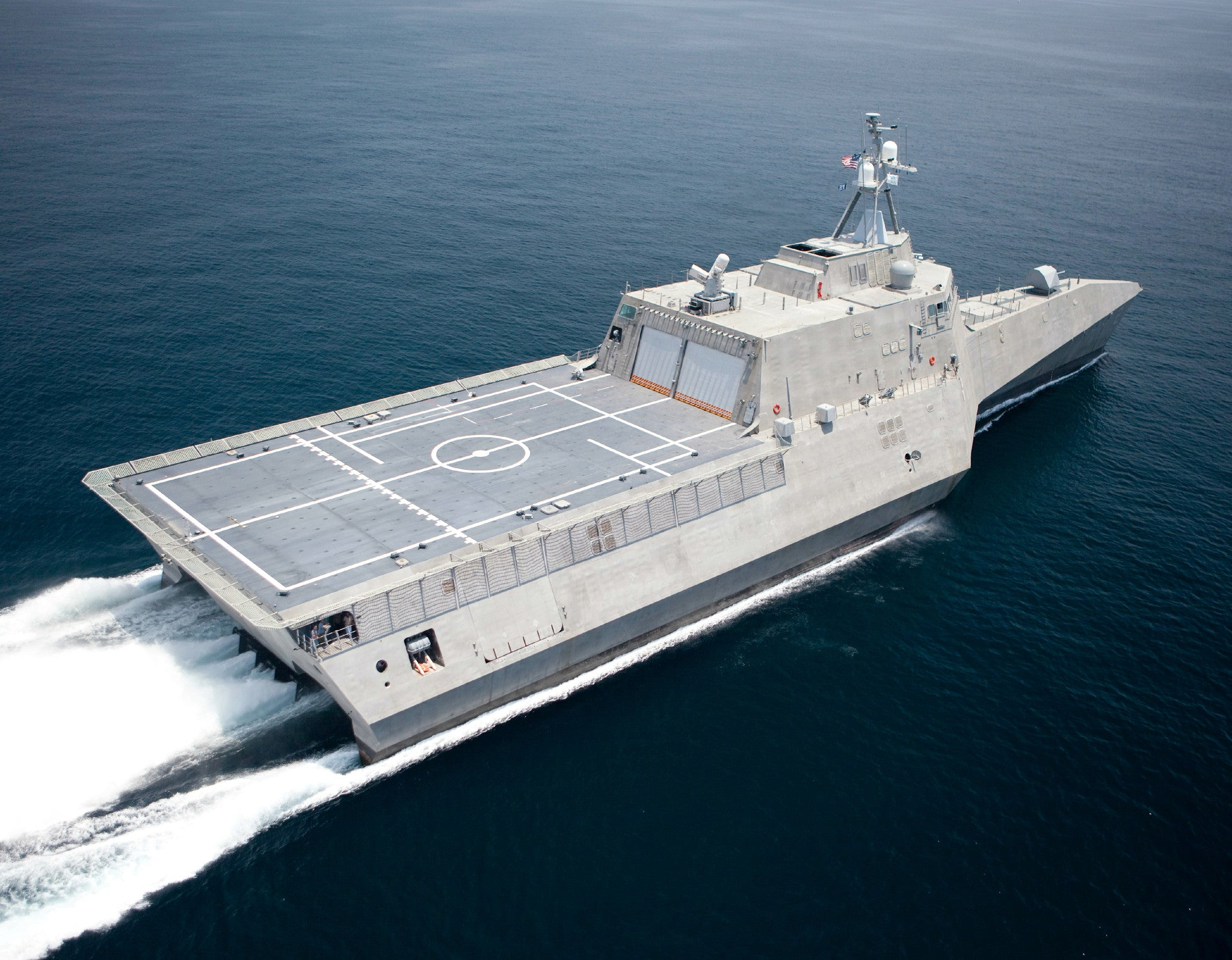 "USS Independence LCS-2 Gulf of Mexico July 12, 2009 - 8 x 10"" Photograph"