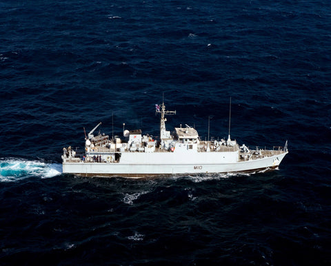 "Royal Navy HMS Ramsey M110 Arabian Gulf August 24, 2011 - 8 x 10"" Photograph"