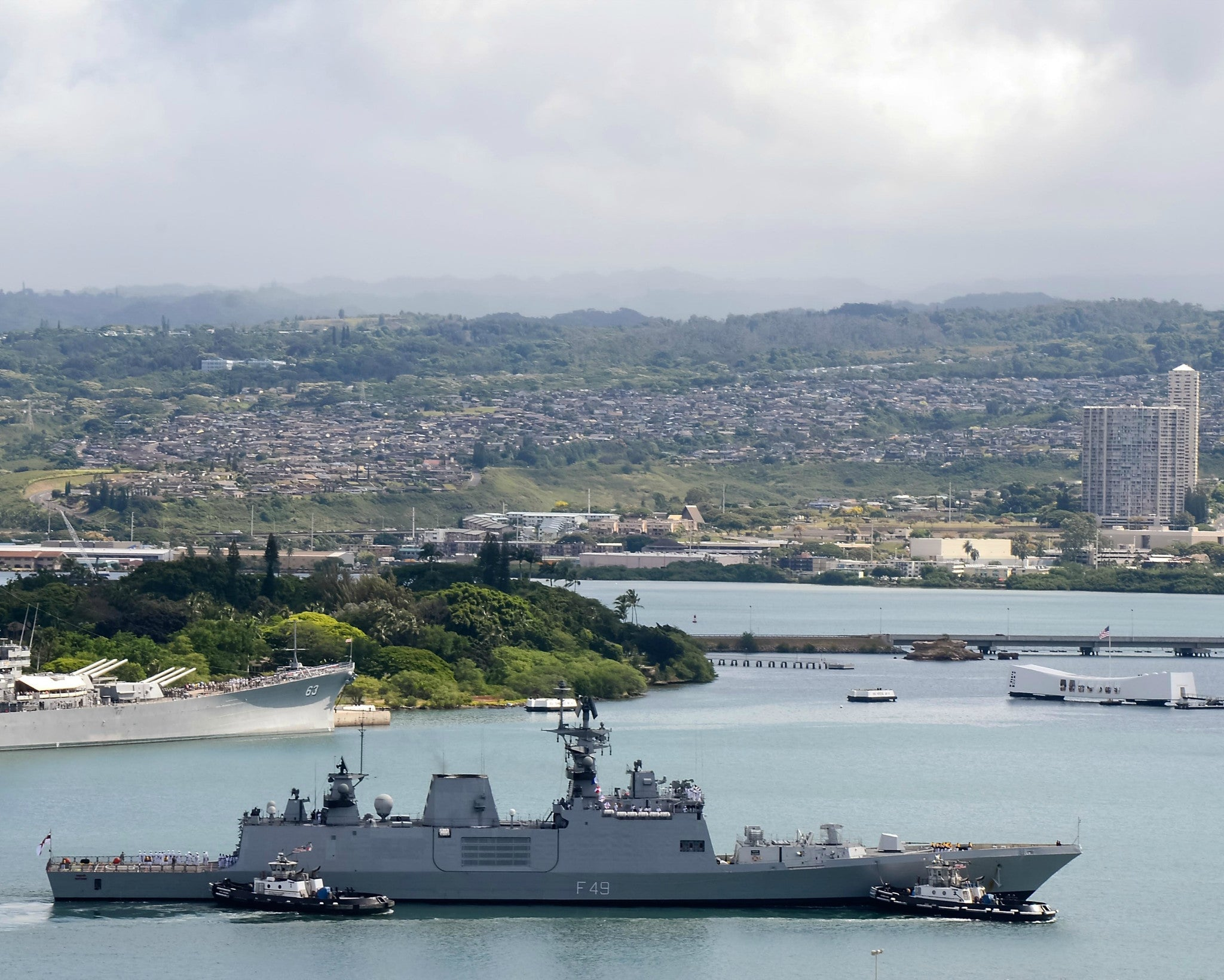 "Indian Navy Frigate INS Sahyadri F-49 at Pearl Harbor July 1, 2014 - 8 x 10"" Photograph"