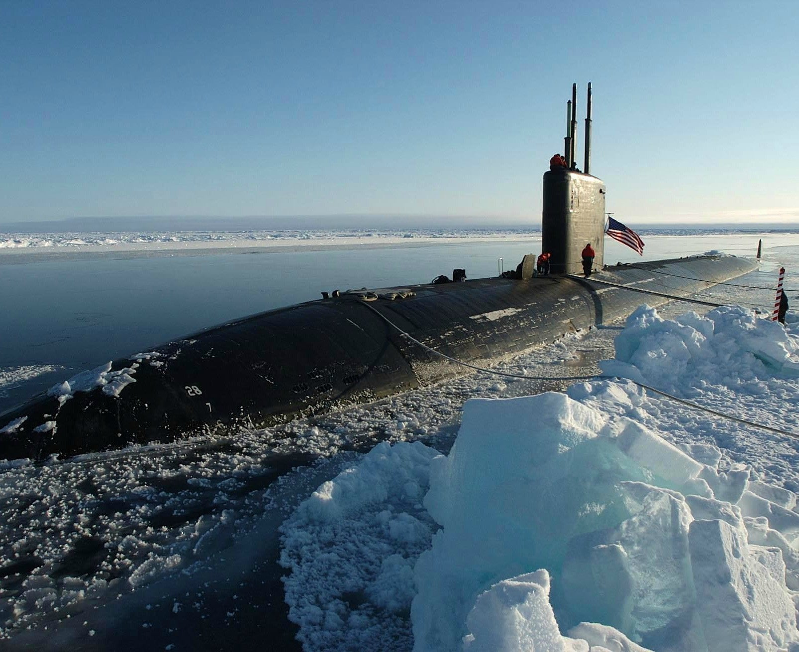 "Submarine USS Hampton SSN-767 sits at the North Pole April 19, 2004 - 8 x 10"" Photograph"
