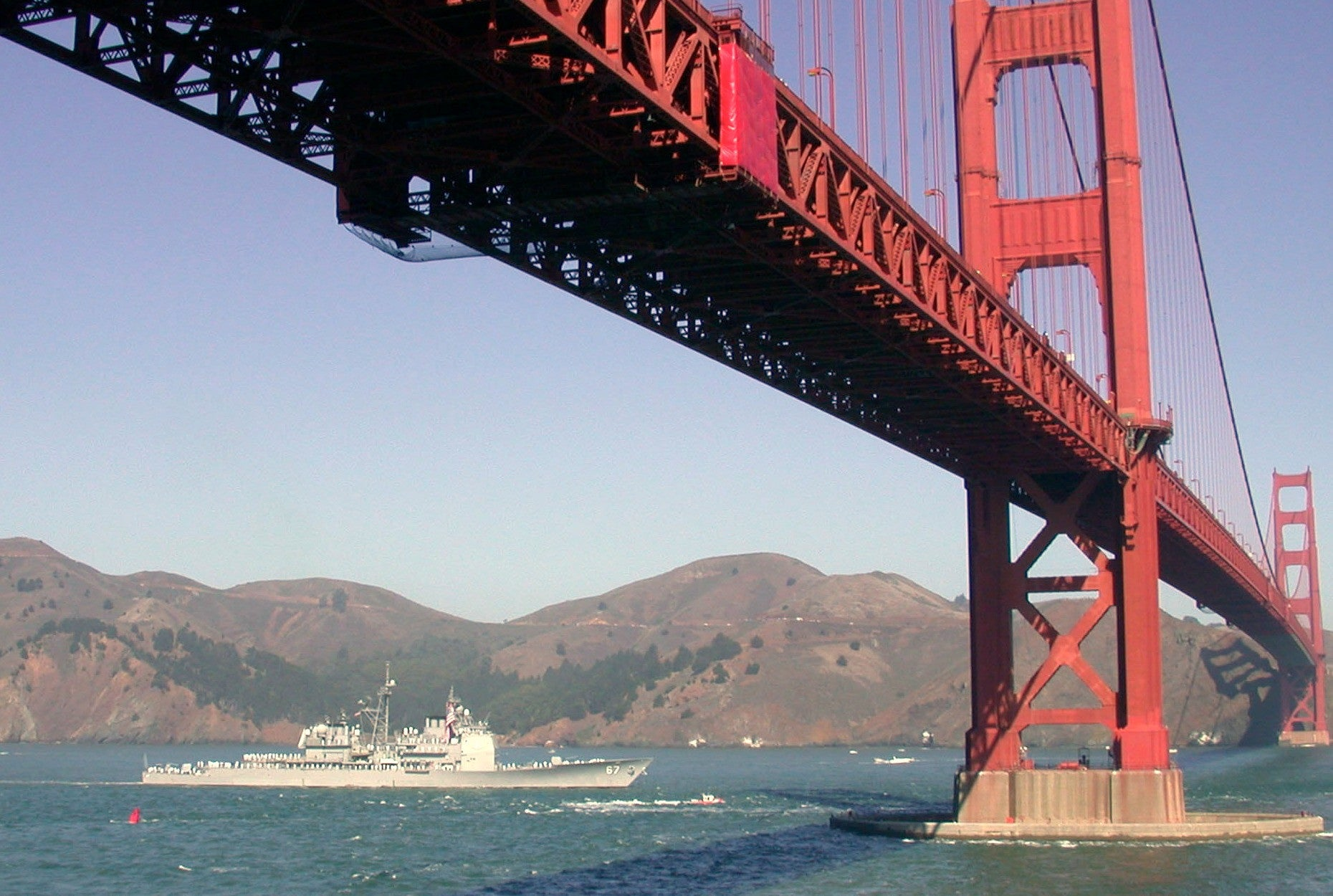 "USS Shiloh CG-67 San Francisco Golden Gate Bridge October 11, 2003 - 8 x 10"" Photograph"