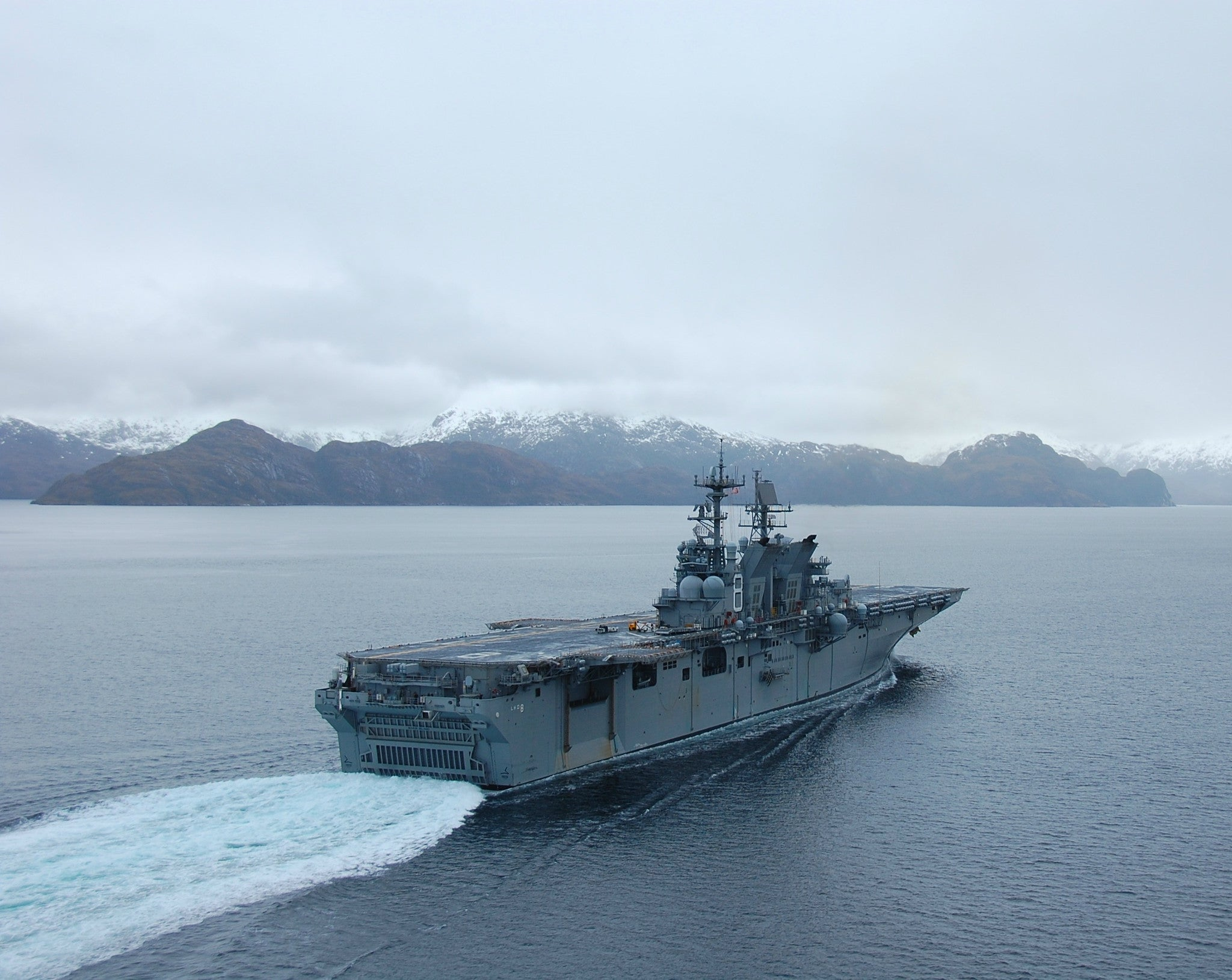 "Pre-Commissioning Unit Makin Island LHD-8 Strait of Magellan August 15, 2009 - 8 x 10"" Photograph"