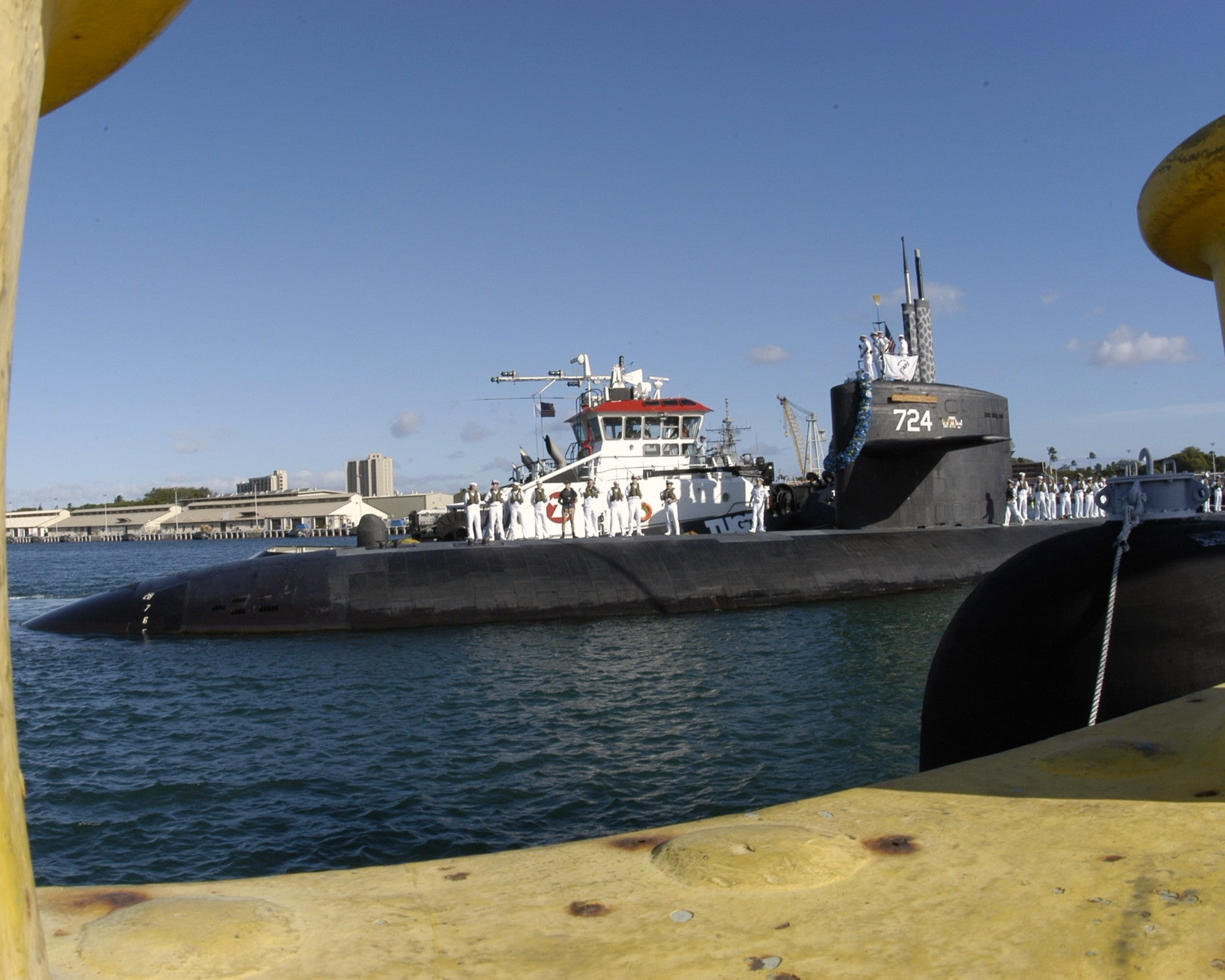 "USS Louisville SSN-724 Pearl Harbor, Hawaii (May 13, 2003) - 8 x 10"" Photograph"