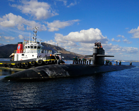 "USS Helena SSN-725 Arrives in Souda Bay, Greece September 23, 2013 - 8 x 10"" Photograph on Metallic Paper"