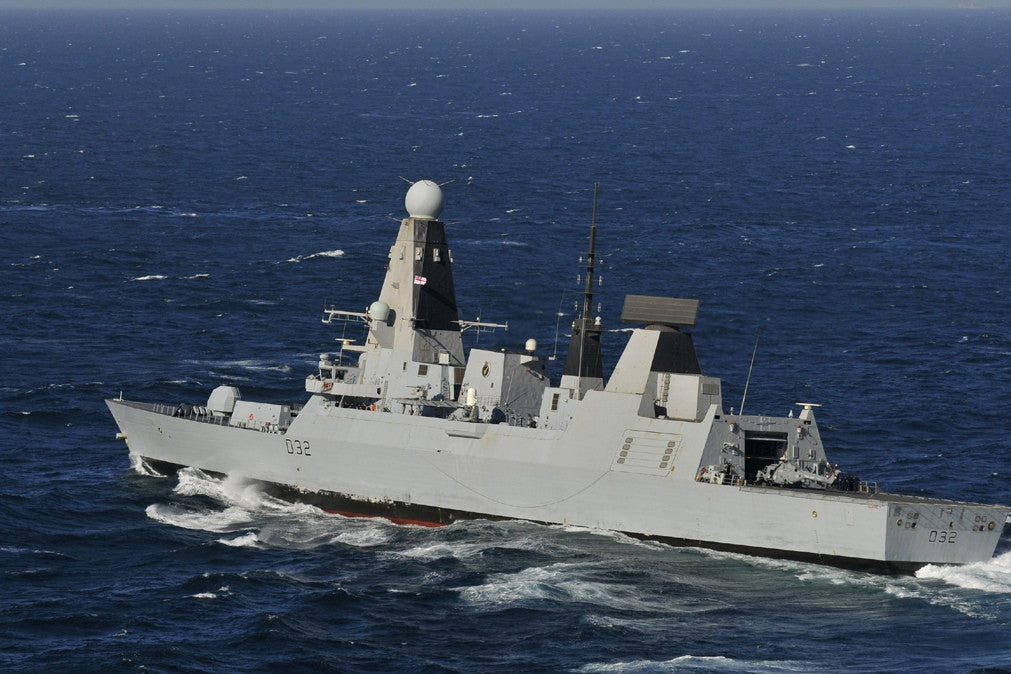 "Royal Navy HMS Daring D32 ARABIAN GULF (March 6, 2012) - 4"" x 6"" Photograph"