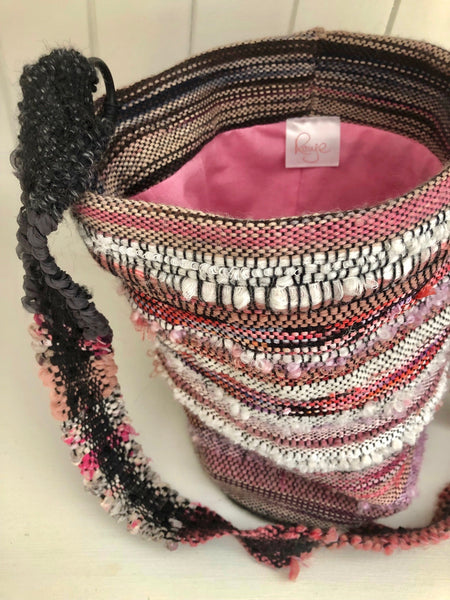 Woven wool with silk threads bag