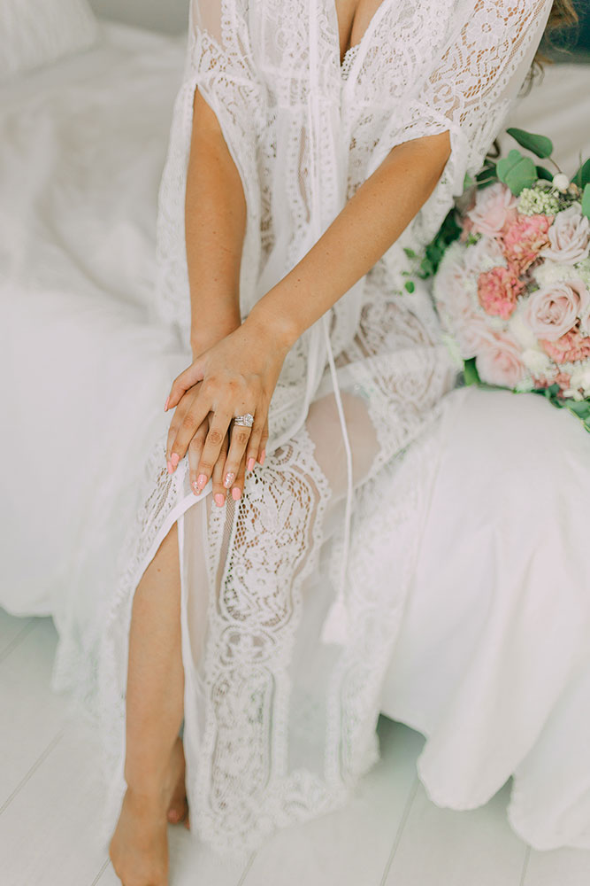 best lace robe malaysia bridal robe malaysia review top bridal lingerie malaysia bridal robe brunei lace robe brunei wedding photography bridesmaid robe maternity shoot maternity robe where to buy where to shop hen night party bachelorette robe  bridal robe Thailand lace robe Thailand
