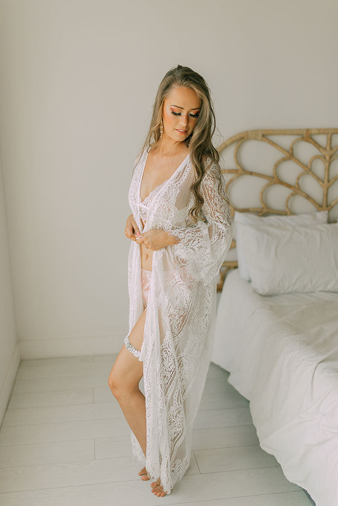 best lace robe malaysia bridal robe malaysia review top bridal lingerie malaysia bridal robe Jakarta lace robe jakarta wedding photography bridesmaid robe maternity shoot maternity robe where to buy where to shop hen night party bachelorette robe