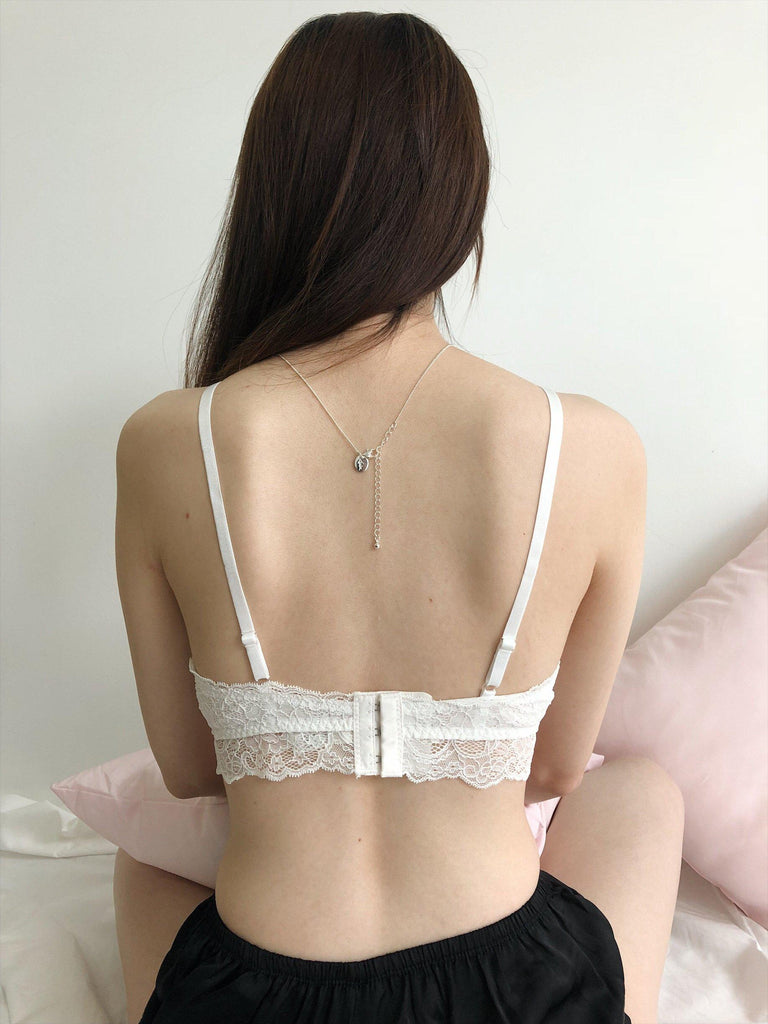 Victoria Silk Padded Bralette in White