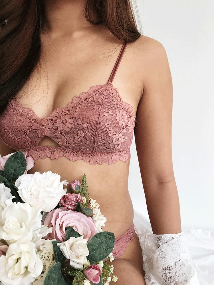 Where to buy best bra brand shop innerwear top 10 romantic sexy lace bralette malaysia bridal lingerie singapore brunei hong kong beautiful prewedding photoshoot review, Lace Cami, xixili, la senza, victoria secret, neubodi, triumph, sorella, sloggi, uniqlo, cotton on bodi, 6ixty 8ight cute underwear, fashion tube bra bandeau, comfy wireless bra elastic satin smooth light padded bra terbaik cantik selesa kualiti paling bagus马来西亚文胸罩性感新加坡蕾丝内衣裤套装浪漫新娘文莱代购正品香港台湾