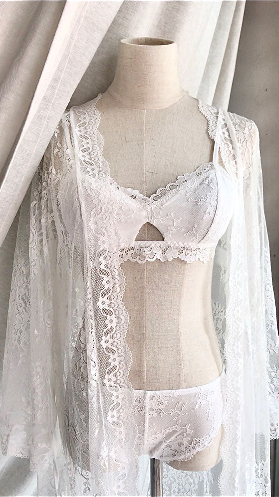 best top romantic sexy white lace bralette malaysia bridal lingerie singapore brunei indonesia prewedding photoshoot