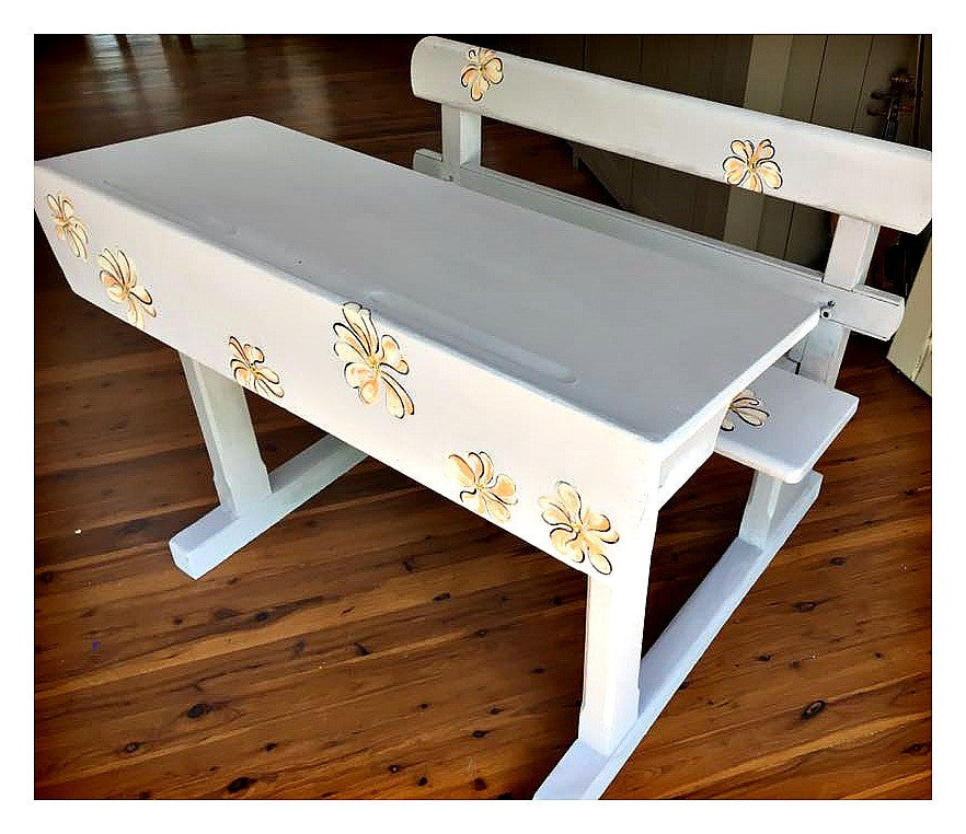 sold little pretty primrose vintage childs desk