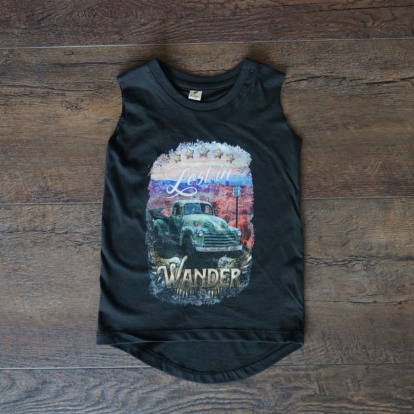 Lost in Wander Singlet - Black