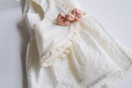 Cream Lace Round Luxe Bib