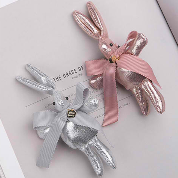 golgi ribbon rabbit tong clip (2 colours)