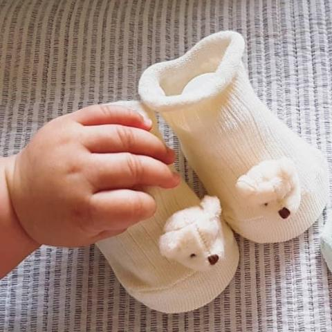 organic baby booties for newborn to 12 months - cute puppy