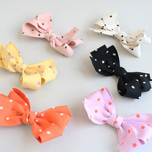 watercolor dot ribbon tongs pin (6 colours)