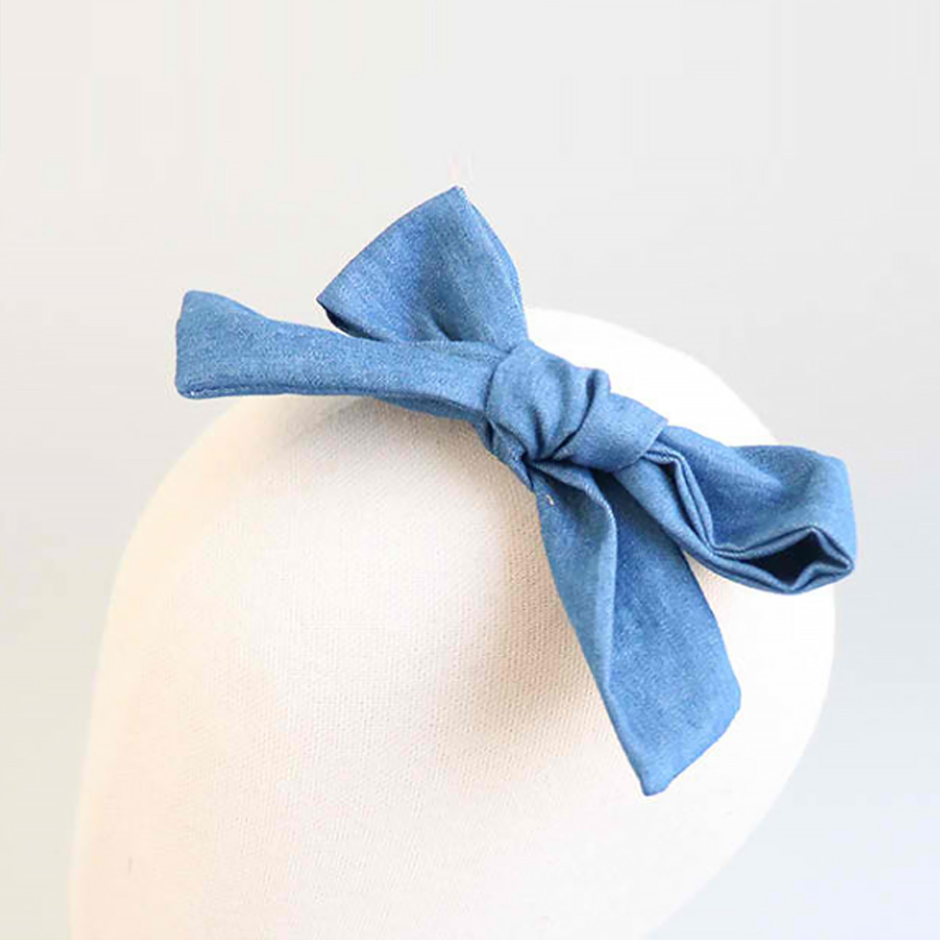 denim blue ribbon tong