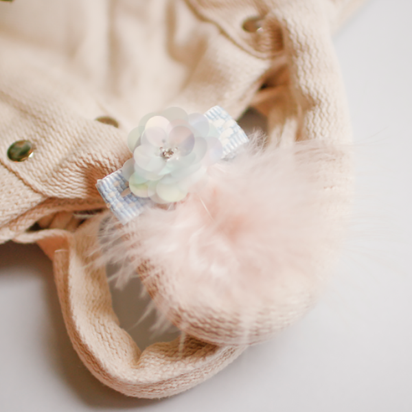 pale blue feather clip