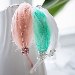 pastel feather headband (3 colours)