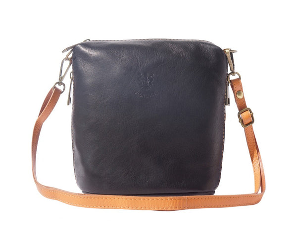 "Soft cross body leather bag ""Felicità"" with small side pockets - 8620"