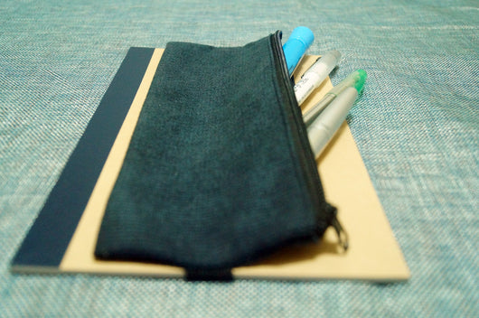 2 Freja pen holders x 2 Muji notebook (black)