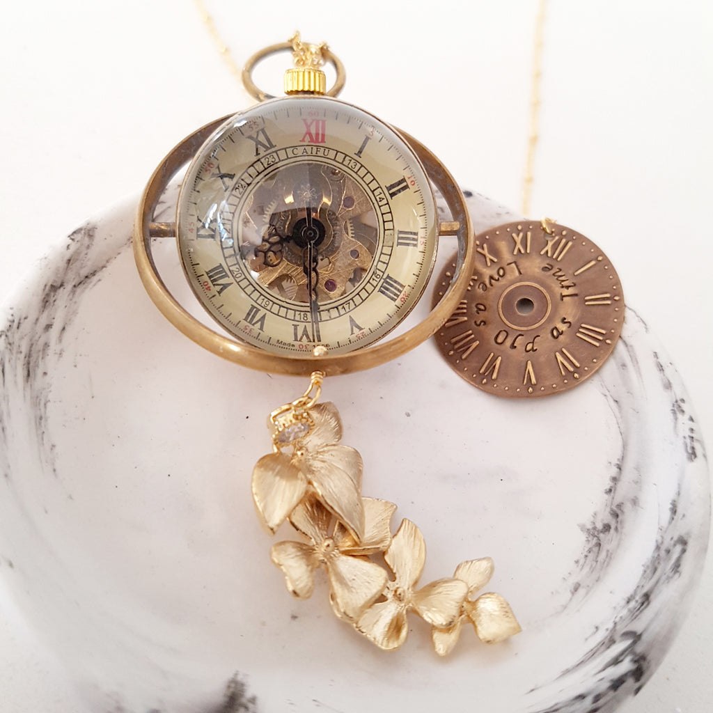Japonicas L.O.V.E Collection - Love as Old as Time (Hand-Wind Clock)