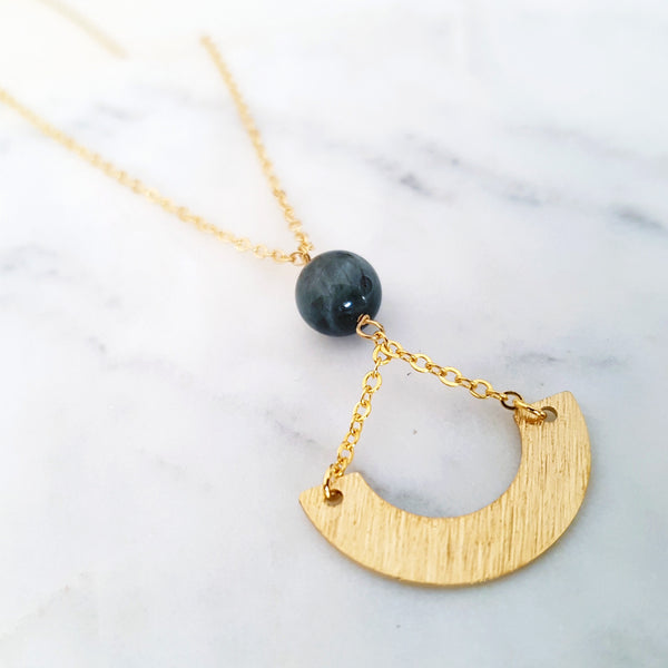 Helios Brass Collection - Grey Eagle Eye Chain Inverse Gold Arch Necklace